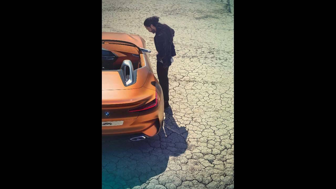 https://cdn.cnngreece.gr/media/news/2017/08/18/93693/photos/snapshot/BMW-Z4-Concept-9.jpg