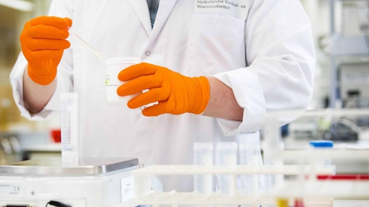 Φαρμακευτικά νανορομπότ για πρώτη φορά «κολυμπούν» μέσα στο στομάχι