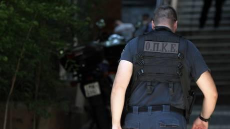 Βόλος: Ιδιοκτήτης ζαχαροπλαστείου «απάντησε» σε πρόστιμο εφοριακών με πυροβολισμούς