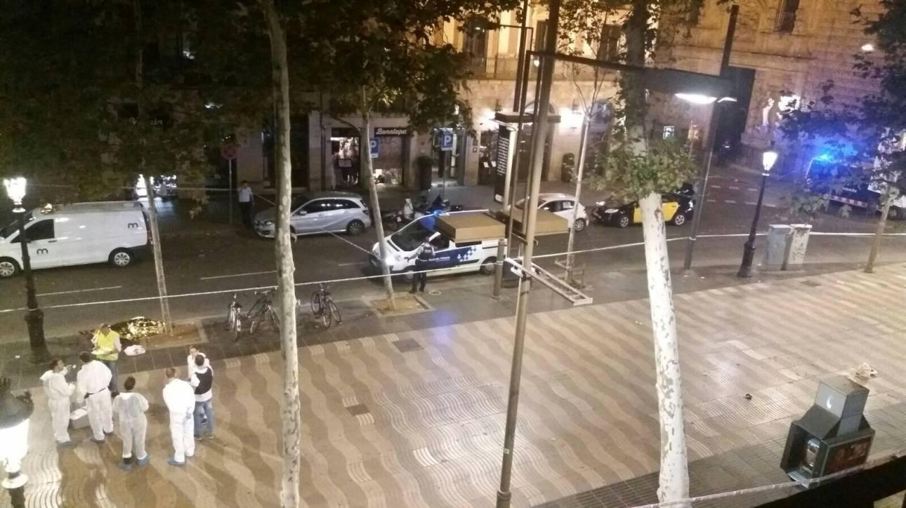 Βίντεο από τη Βαρκελώνη: Πολίτες τρέχουν να προστατευτούν την ώρα της επίθεσης