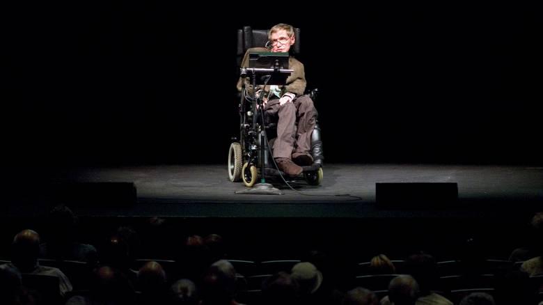 Βρετανία: Επικρίσεις Στίβεν Χόκινγκ για την κρίση στο Εθνικό Σύστημα Υγείας (NHS)