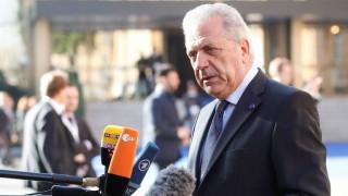 Αβραμόπουλος: «Χρειάζεται περισσότερη εμπιστοσύνη μεταξύ των κυβερνήσεων»
