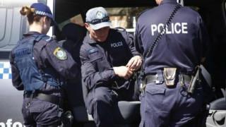 Αυστραλία: Απαγγέλθηκαν κατηγορίες κατά τριών ανδρών για τρομοκρατία
