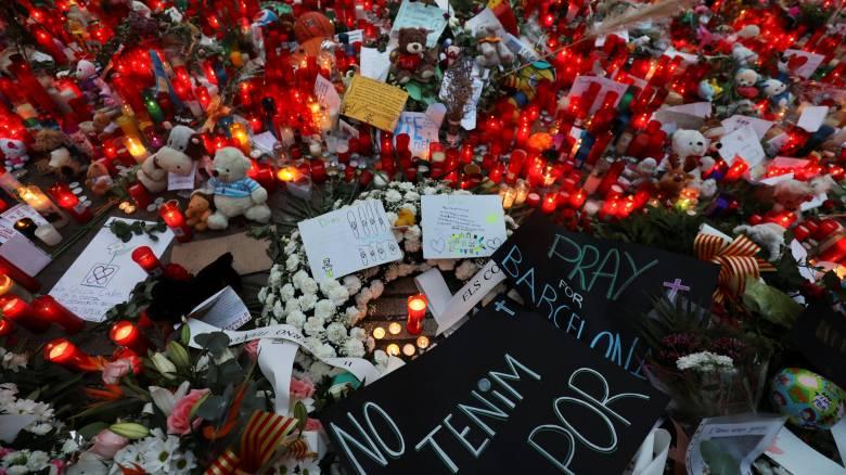 Κάθε όνομα και μία ιστορία που συγκινεί: Οι νεκροί της τρομοκρατικής επίθεσης στη Βαρκελώνη