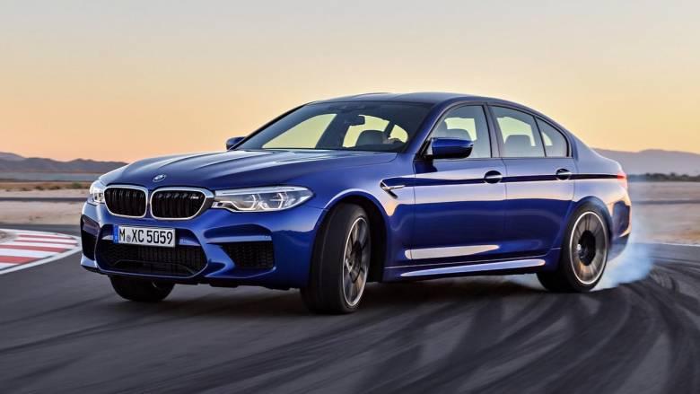 H νέα M5, η καινούργια σούπερ σπορ λιμουζίνα της BMW, έχει 600 ίππους και τελική 305
