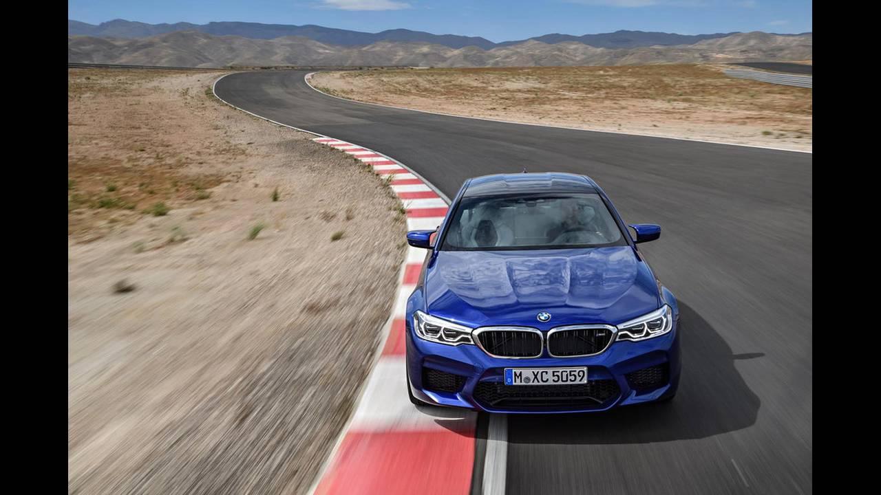 https://cdn.cnngreece.gr/media/news/2017/08/21/94163/photos/snapshot/BMW-M5-2017-1.jpg