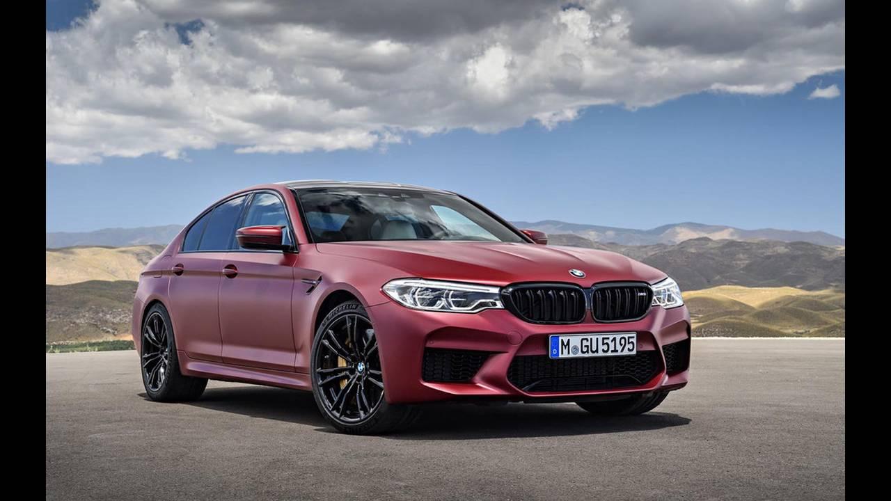 https://cdn.cnngreece.gr/media/news/2017/08/21/94163/photos/snapshot/BMW-M5-2017-15.jpg