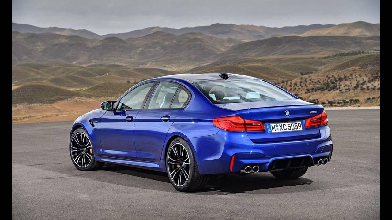 https://cdn.cnngreece.gr/media/news/2017/08/21/94163/photos/snapshot/BMW-M5-2017-21.jpg