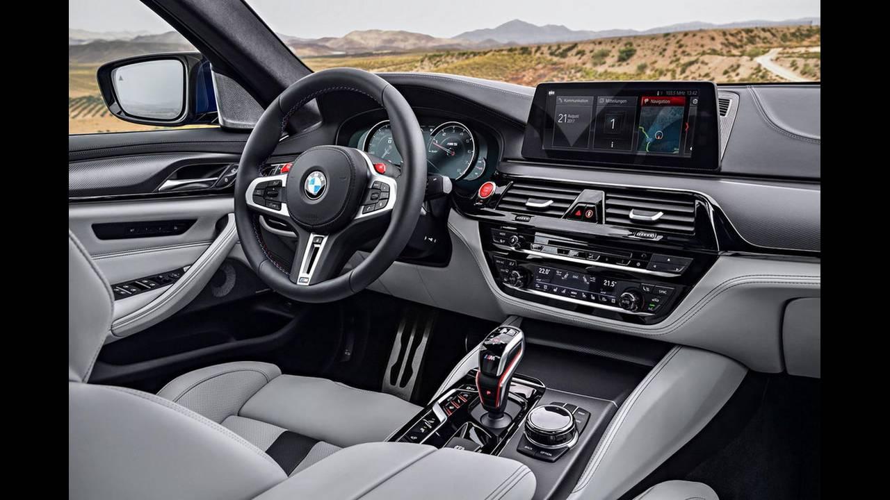 https://cdn.cnngreece.gr/media/news/2017/08/21/94163/photos/snapshot/BMW-M5-2017-8.jpg