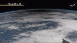 Η στιγμή της ολικής έκλειψης ηλίου από τον Διεθνή Διαστημικό Σταθμό (vid)