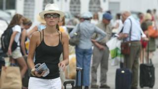 Αυξημένες κατά 14,2% οι ταξιδιωτικές εισπράξεις τον Ιούνιο