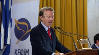 Στην Παλιά Βουλή ο γερουσιαστής Ραντ - Υπέρ της προσέλκυσης επενδύσεων στην Ελλάδα