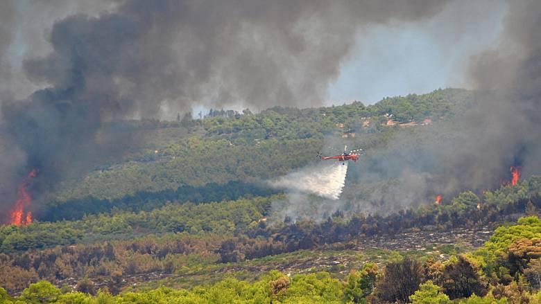 Σε εξέλιξη η φωτιά στη Ζάκυνθο - Υψηλός κίνδυνος πυρκαγιάς σήμερα