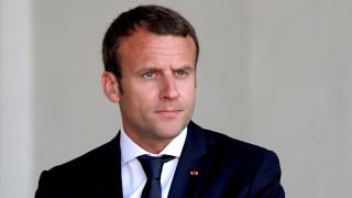 Le Point: Ο Μακρόν ξόδεψε μόλις... 26.000 ευρώ για μέικ – απ μέσα σε τρεις μήνες