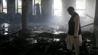 Αφγανιστάν: Αυξήθηκαν οι νεκροί από την επίθεση των τζιχαντιστών στην Καμπούλ (pics)