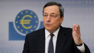 Κλειστά χαρτιά από Ντράγκι για τη νομισματική πολιτική της ΕΚΤ
