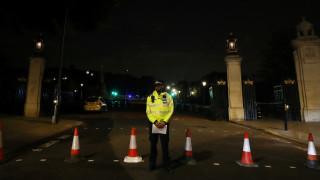 Έρευνα για τρομοκρατία ξεκίνησε η Μητροπολιτική Αστυνομία του Λονδίνου (pics&vids)