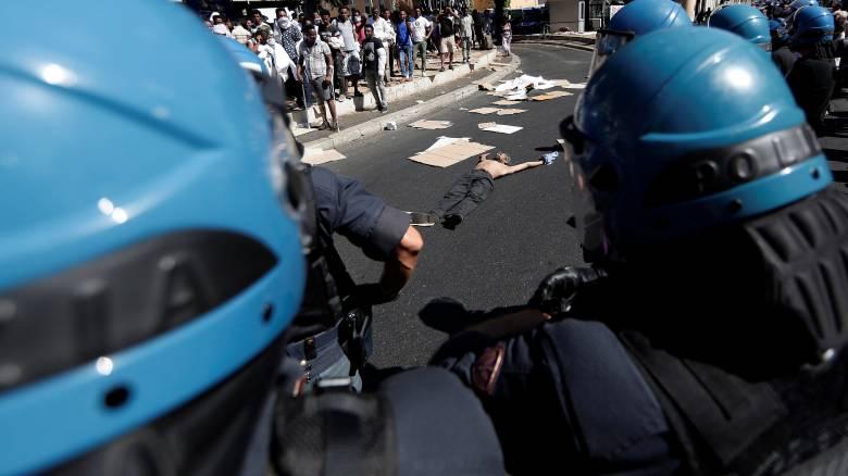 Ρώμη: Χιλιάδες οι διαδηλωτές διαδήλωσαν για το δικαίωμα στην κατοικία