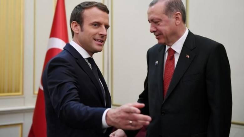Γαλλία: Ο Μακρόν ζήτησε από τον Ερντογάν την αποφυλάκιση του δημοσιογράφου Μπιρό