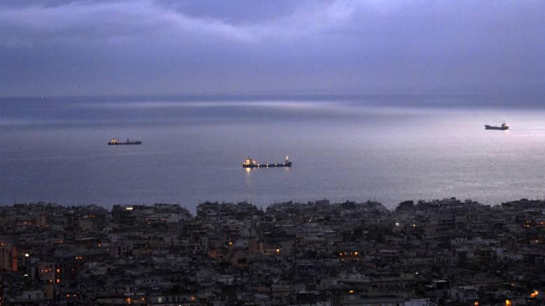 Θεσσαλονίκη: Συνεχίζουν τις διαδρομές στον Θερμαϊκό τα καραβάκια