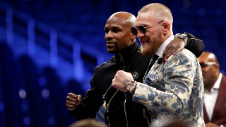 MMA: Έτσι γιόρτασαν Μεϊγουέδερ και ΜακΓκρέγκορ μετά τον αγώνα τους (vids)