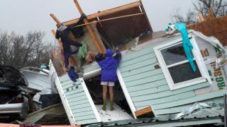 Καταιγίδα Χάρβεϊ: Αυστηρή προειδοποίηση της αστυνομίας προς τους πλιατσικολόγους (pics)