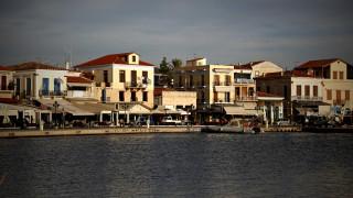 Μηχανική βλάβη σε «δελφίνι» με 141 επιβάτες έξω από το λιμάνι της Αίγινας
