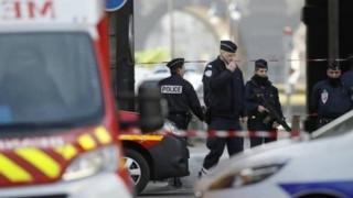 Ιταλία: Αστυνομικοί ακινητοποίησαν Μαροκινό που φώναζε «Αγαπώ τον Αλλάχ, είστε όλοι διάβολοι»