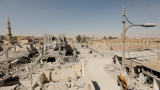 Αποκλειστικές εικόνες του CNNi από τη ρημαγμένη Ράκα