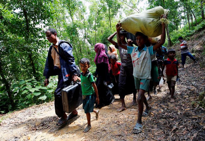 2017 08 28T200243Z 12907709 RC1C5320CB40 RTRMADP 3 MYANMAR ROHINGYA BANGLADESH