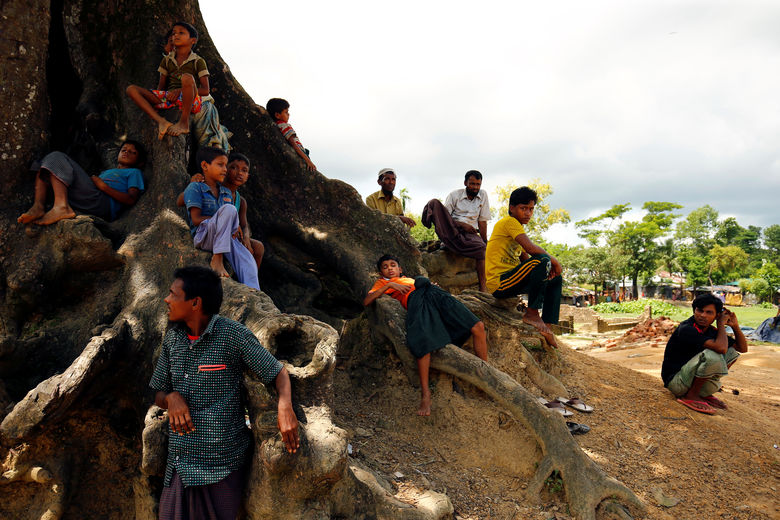 2017 08 29T105644Z 981380672 RC166F9D8E20 RTRMADP 3 MYANMAR ROHINGYA BANGLADESH
