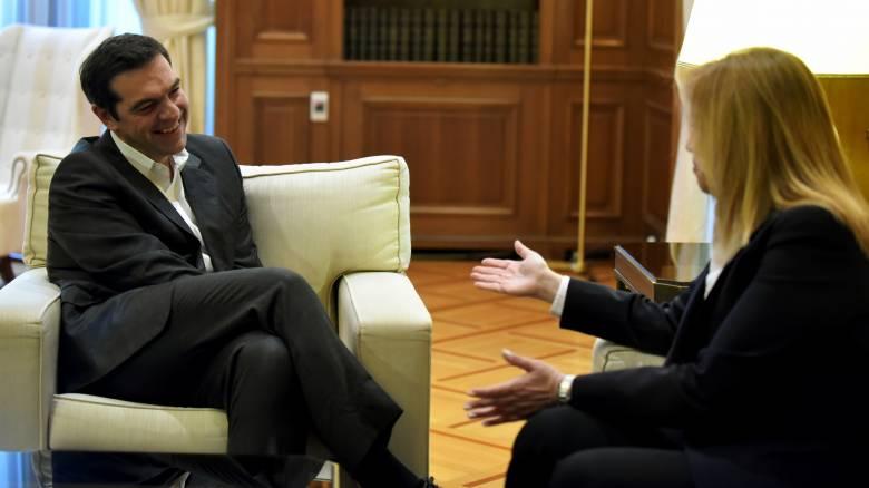 «Η στρατηγική της τανάλιας» του Μαξίμου απέναντι στις διεργασίες στην Κεντροαριστερά