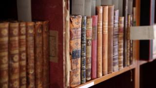 Ξεκίνησαν τα τρία φθινοπωρινά «ραντεβού» του ελληνικού βιβλίου στο εξωτερικό