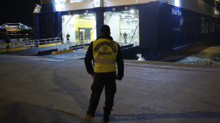 Blue Star Patmos: Συνεχίζονται οι επιθεωρήσεις στα ύφαλα του πλοίου
