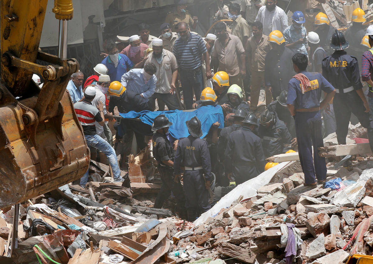 2017-08-31T073652Z 1123779261 RC1325941D40 RTRMADP 3 INDIA-COLLAPSE