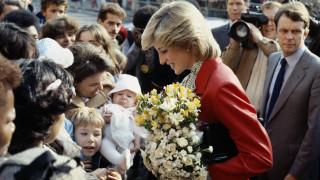Νταϊάνα: Η ντροπαλή πριγκίπισσα που μεταμόρφωσε τη βρετανική μοναρχία