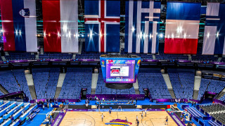 Eurobasket 2017: Με νάρθηκα ο Μάντζαρης κόντρα στη Γαλλία (vids)