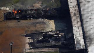 Τέξας: Φλόγες και μαύρος καπνός στο εργοστάσιο χημικών (pics&vid)