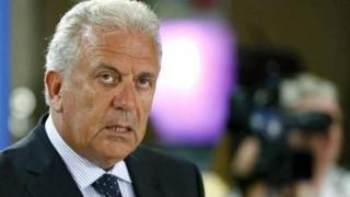 Δ. Αβραμόπουλος: Να περάσουμε στην εφαρμογή ενός μακρόπνοου σχεδίου για το μεταναστευτικό
