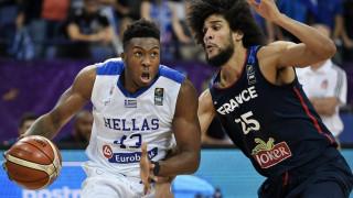 Eurobasket 2017: Ο Γιάννης Αντετοκουνμπο κοντά στην εθνική και το Θανάση (vid)