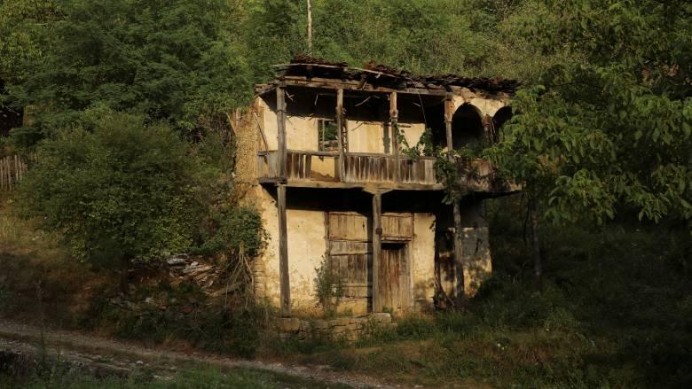 Τα όμορφα χωριά της Σερβίας άσχημα πεθαίνουν (pics)