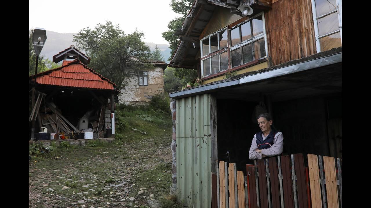 https://cdn.cnngreece.gr/media/news/2017/09/02/95813/photos/snapshot/Ravno-Bucje2.JPG