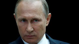 Πούτιν: Η διεθνής κοινότητα να μην υποκύψει στα συναισθήματα