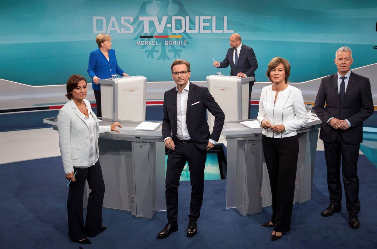 2017 09 03T190444Z 1621069442 RC1AB5C4F220 RTRMADP 3 GERMANY ELECTION MERKEL SCHULZ DEBATE