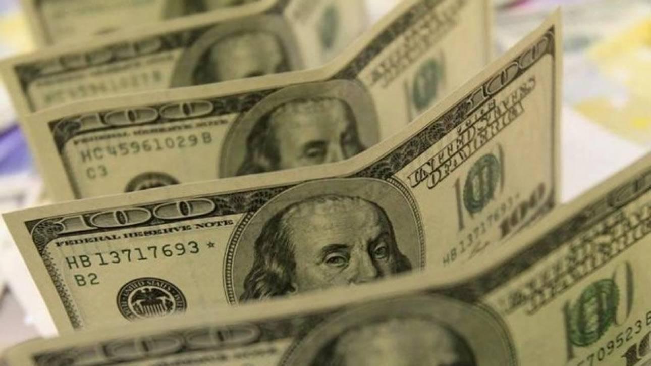 Κατέθεσαν κατά λάθος σε φοιτήτρια ένα εκ. δολάρια και πριν το καταλάβουν είχε ήδη ξοδέψει χιλιάδες