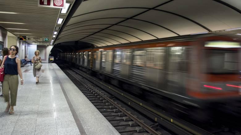 Αναστολή της προγραμματισμένης για την Πέμπτη στάσης εργασίας στο μετρό