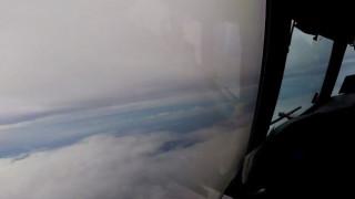 Αεροπλάνο πετά μέσα από το «μάτι» του τυφώνα Ίρμα (Pic+Vid)
