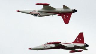 Έλλειψη πιλότων στην τουρκική πολεμική αεροπορία λόγω των εκκαθαρίσεων