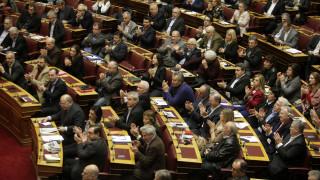 Ερώτηση 55 βουλευτών του ΣΥΡΙΖΑ για τις προμήθειες στη χρήση καρτών