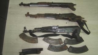 Εξαρθρώθηκε σπείρα που διακινούσε όπλα στην Αττική